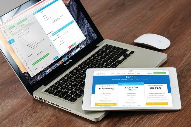 Conception de site web : 3 plateformes pour trouver le modèle de site pour votre entreprise?